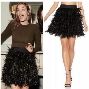 NWT! Alice+Olivia feather skirt in army/blk size 2